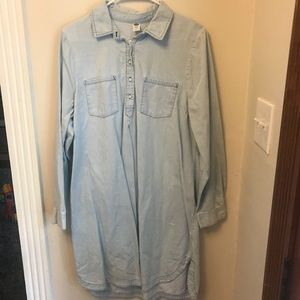 🐝 Old Navy chambray shirtdress